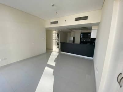 2 Bedroom Flat for Rent in Business Bay, Dubai - Cozy 2 Bedrooms | with full sunlight