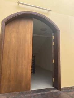 brand new 9 rooms villa for staff accommodation @140k in hor al anz/ abu hail
