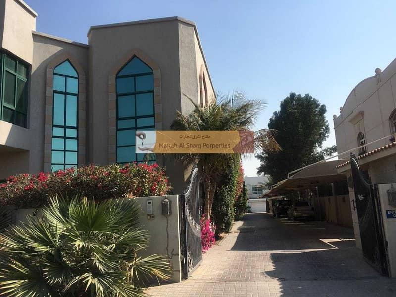 Compound villa / Separate Maids room / Private garden