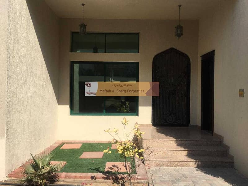 2 Compound villa / Separate Maids room / Private garden