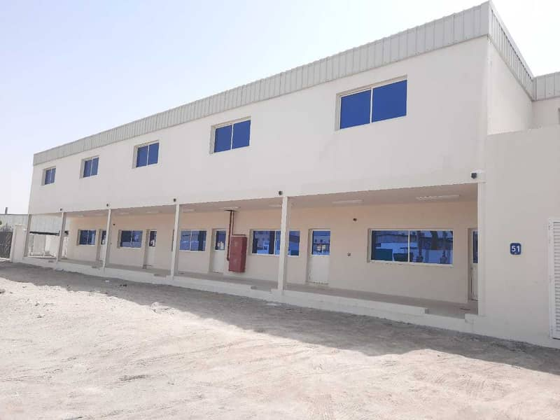 Warehouses, offices and rooms in Mussafah M42 (For rent the entire land )