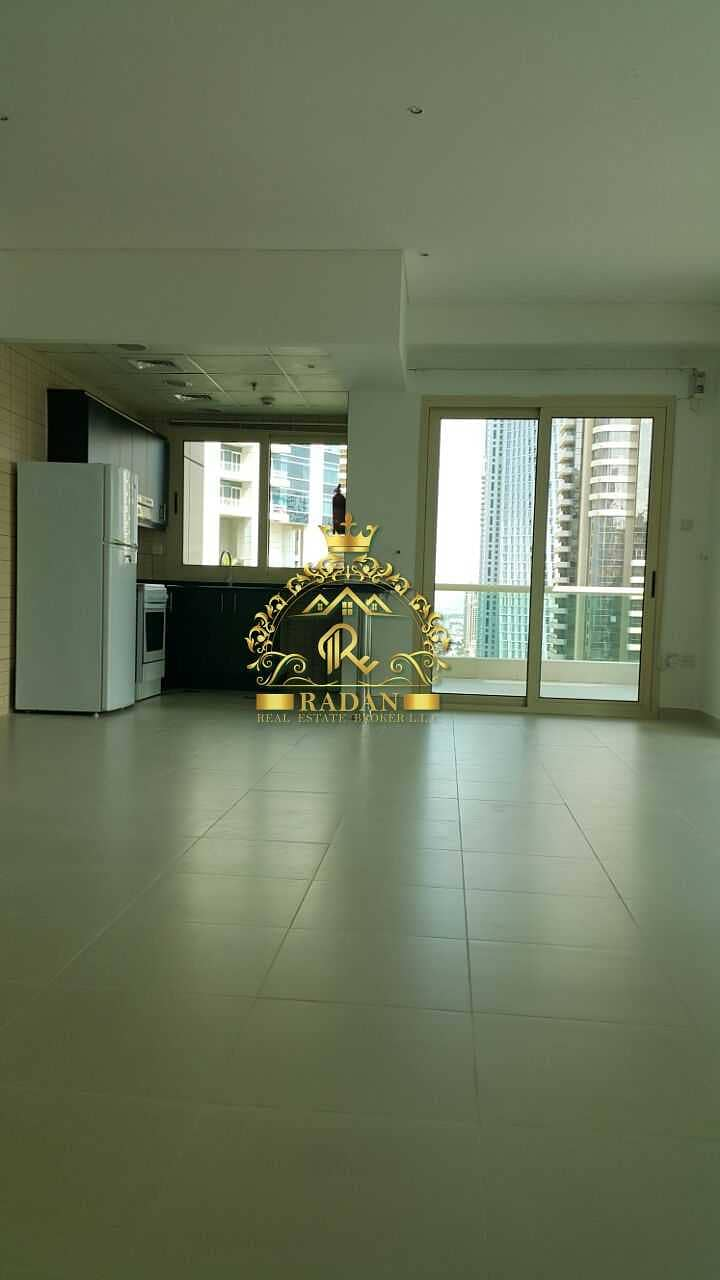 2 2 Bedroom Apartment for Rent   Royal Oceanic Tower   100K
