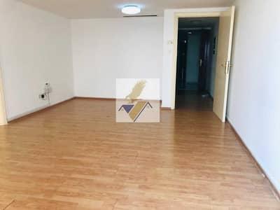 1 Bedroom Apartment for Rent in Al Khalidiyah, Abu Dhabi - Huge 1 Bedroom Flat With Big Hall In Al hosn Khalidiya 40k