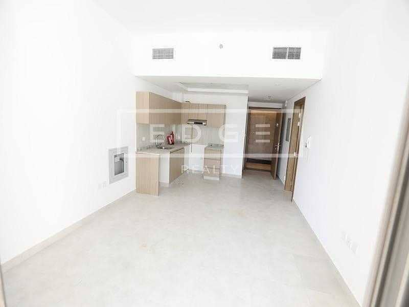 Beautiful 1 Bedroom | Spacious | Ready To Move In