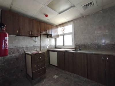 شقة 1 غرفة نوم للايجار في مويلح، الشارقة - Beautiful Offer 12 cheque payment 1bhk Apartment Just 18k In Muwaileh Sharjah