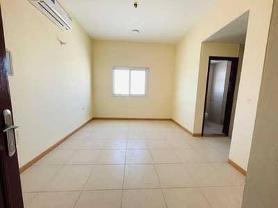 استوديو  للايجار في مويلح، الشارقة - No Deposit Ready To Move Luxury Studio Flat Separate khichan Just 10k In Muwaileh Sharjah