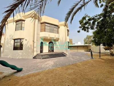 فیلا 5 غرف نوم للايجار في أم سقیم، دبي - Beautiful 5 Bed+M With A Large Garden In Umm Suqeim