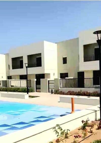 تاون هاوس 4 غرف نوم للايجار في تاون سكوير، دبي - علامة تجارية جديدة | 4 غرف نوم + خادمة | صف واحد | حزام أخضر | للإيجار