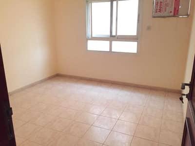 فلیٹ 1 غرفة نوم للايجار في بوطينة، الشارقة - شقة في بناية بوطينة 2 بوطينة 1 غرف 15000 درهم - 5278323