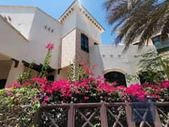فیلا في قرية خالدية الخالدية 5 غرف 160000 درهم - 5201028