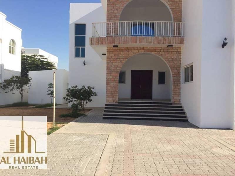 For sale a two storey villa with electricity and water in Falaj