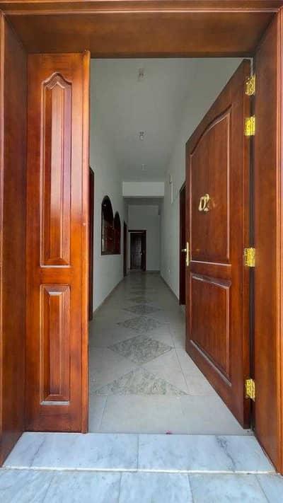 3 Bedroom Villa for Rent in Baniyas, Abu Dhabi - BEAUTIFUL 3 bedroom villa with private garden