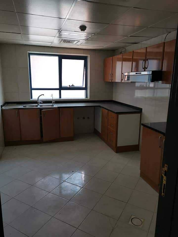 HOT DEAL 2 BHK Nuaimiya Tower For RENT 29,000/- 4 to 6 Cheques