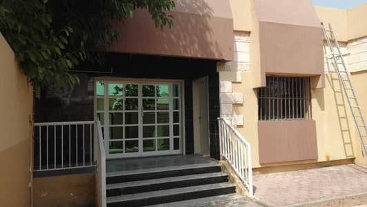 3 Bedroom Villa for Rent in Al Jazzat, Sharjah - For rent in Sharjah, Al Jazzat area, on the main street, a great location, 3 rooms, a majlis, and a hall And a garden | and a covered car park
