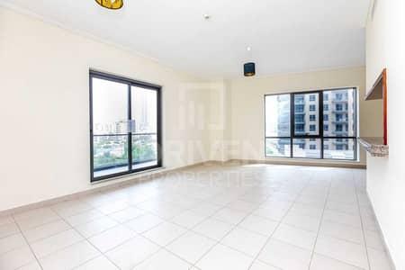 2 Bedroom Apartment for Rent in Downtown Dubai, Dubai - Burj Khalifa View | Spacious | Low Floor