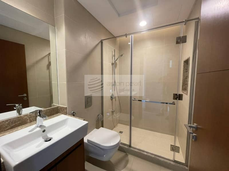 19 Golf View   3BR+M   Chiller Free  Ready To Move in