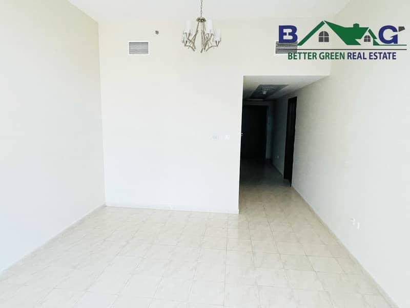 2 Huge 1 Bedroom with Big Terrace High Floor Near Metro