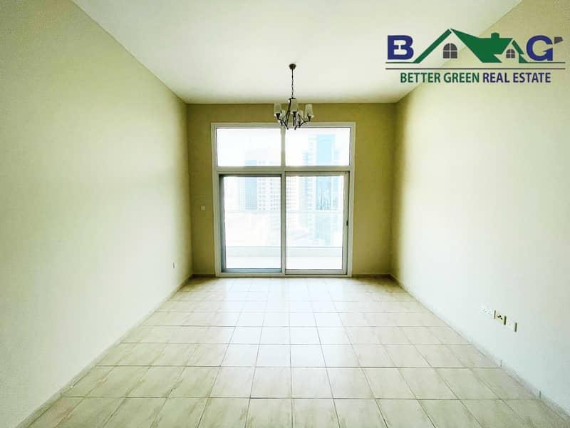 10 Huge 1 Bedroom with Big Terrace High Floor Near Metro