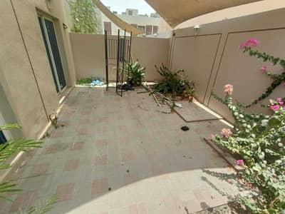 2 Bedroom Villa for Rent in Mirdif, Dubai - **GRAB THE DEAL**LARGE CORNER SINGLE STOREY 2BR-PVT BACKYARD-POOL-PARKING VILLA FOR JUST
