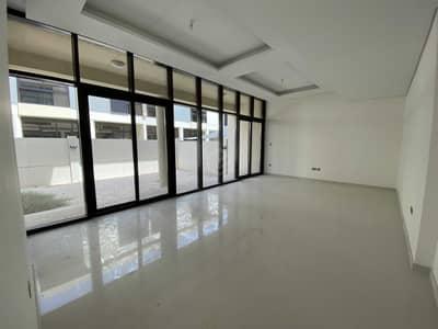 3 Bedroom Villa for Sale in DAMAC Hills (Akoya by DAMAC), Dubai - Suspicious 3BR | Balcony | Private Garden