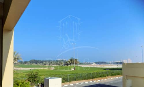 Huge Studio with lush green Golf Course View