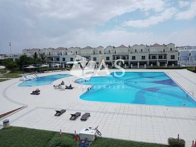 4 Bedroom Townhouse for Rent in Al Hamra Village, Ras Al Khaimah - Incredible   4 Br + Maid   Direct Pool View