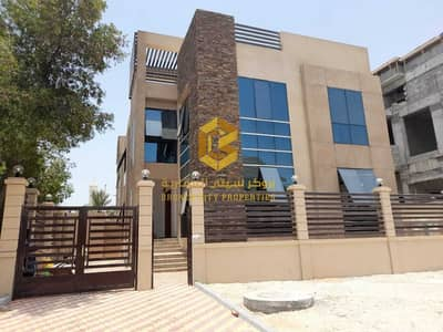 5 Bedroom Villa for Rent in Al Bateen, Abu Dhabi - For Rent New Villa in al bateen