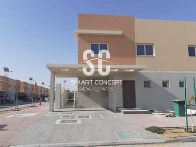 فیلا 2 غرفة نوم للبيع في السمحة، أبوظبي - Stunning Garden   Secured Parking   Maid's Room