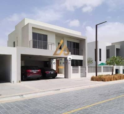 فیلا 5 غرف نوم للبيع في دبي هيلز استيت، دبي - Exclusive villa  E4 | Landscaped garden | with pool