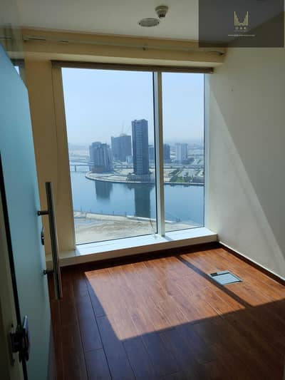 Office for Sale in Business Bay, Dubai - Luxurious Unit | Mid-floor | Fully-fitted | Ready for Occupancy