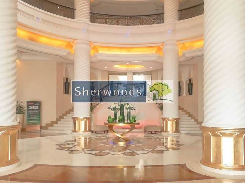 Furnished Penthouse with Stunning Sea Views in 5* Resort !