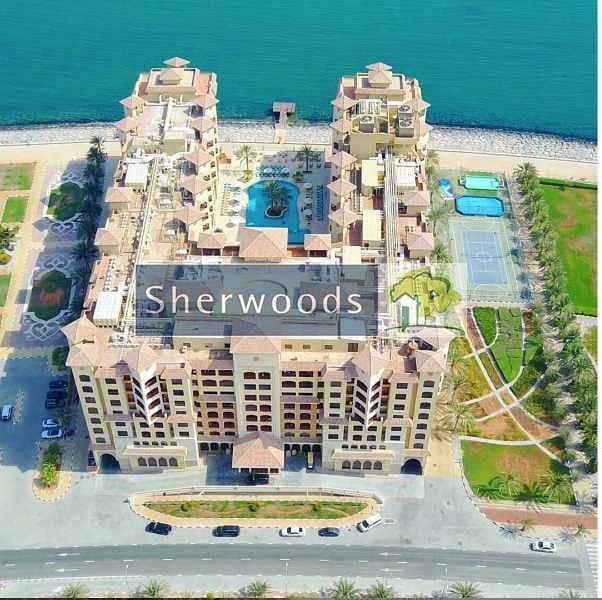 16 Furnished Penthouse with Stunning Sea Views in 5* Resort !