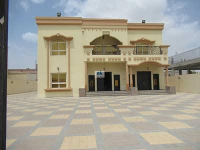 6 Bedroom Villa for Rent in Al Quoz, Dubai - INDIVIDUAL LARGE 12000 SQFT VILLA OF 6BR+PRIME LOCATION