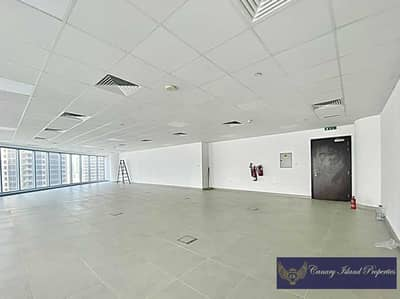 Office for Sale in Business Bay, Dubai - Well Fitted | Full Glass | Downtown View