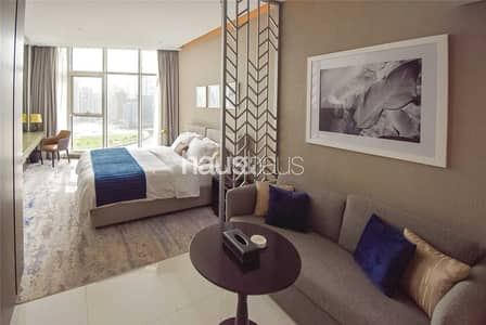 Studio for Sale in Business Bay, Dubai - Vacant Furnished Studio + Canal View | High ROI