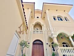 For Sale Villa   4 MBR   Extension & Garden