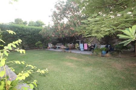 فیلا 2 غرفة نوم للايجار في الينابيع، دبي - 4E Type with a larger than average size garden!