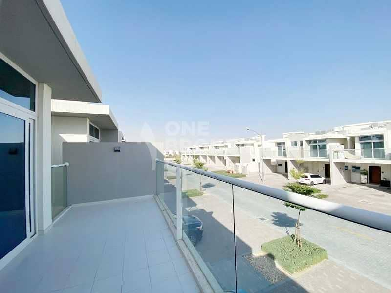 Huge and small balconies in a 3 bed townhouse