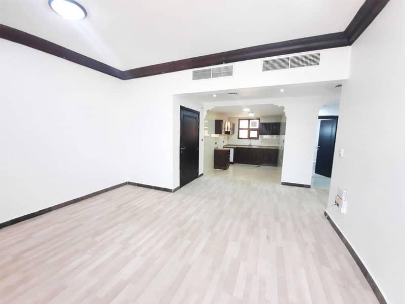 شقة في المنطقة 5 مدينة محمد بن زايد 3 غرف 65000 درهم - 5209259