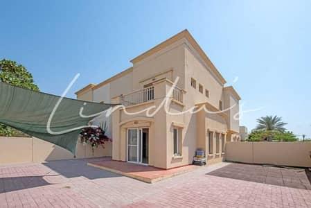 فیلا 3 غرف نوم للبيع في الينابيع، دبي - Beautiful villa I On the lake I 3 Bedrooms + Study