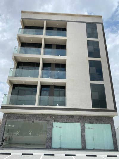 مبنی تجاري  للبيع في تجارية مويلح، الشارقة - مبنی تجاري في تجارية مويلح 8500000 درهم - 5280175