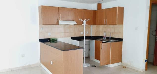 فلیٹ 2 غرفة نوم للايجار في مدينة دبي للإنتاج، دبي - شقة في لاجو فيستا C لاجو فيستا مدينة دبي للإنتاج 2 غرف 40000 درهم - 4537949