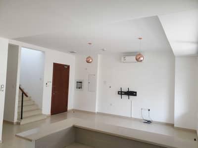 تاون هاوس 3 غرف نوم للايجار في تاون سكوير، دبي - تاون هاوس في نسيم تاون هاوس تاون سكوير 3 غرف 95000 درهم - 5075687