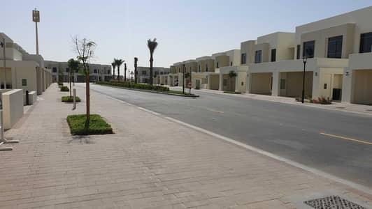 فیلا 3 غرف نوم للايجار في تاون سكوير، دبي - فیلا في نسيم تاون هاوس تاون سكوير 3 غرف 100000 درهم - 5075184