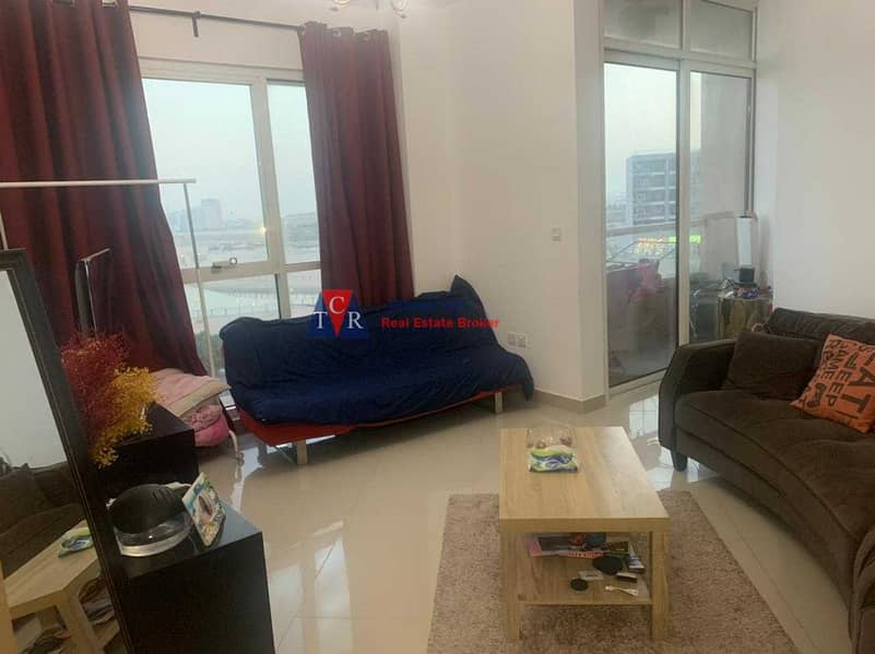 lake view rented one bed room lakeside tower with parking