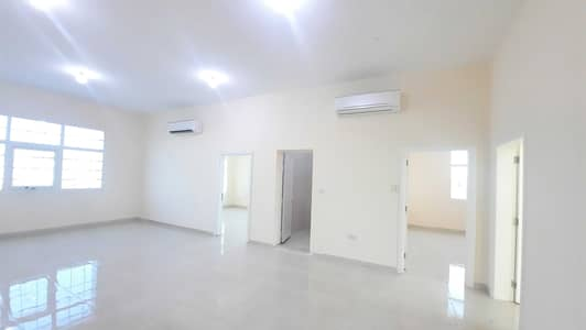 شقة 3 غرف نوم للايجار في الشامخة، أبوظبي - شقة في الشامخة 3 غرف 70000 درهم - 5282558