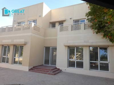 5 Bedroom Villa for Rent in The Meadows, Dubai - Single Row  Facing lake Backing pool And Park