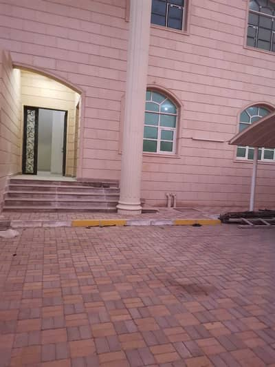 5 Bedroom Villa for Rent in Mohammed Bin Zayed City, Abu Dhabi - EXCLUSIVE 5 BHK VILLA W/E INCLUDE AT PRIME LOCATION