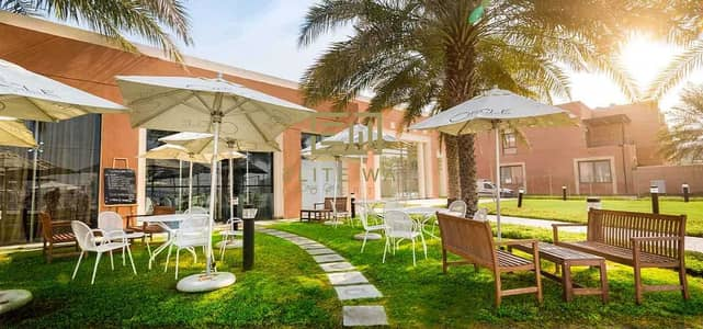 5 Bedroom Villa for Rent in Abu Dhabi Gate City (Officers City), Abu Dhabi - Five Masters Bedrooms Plus Maid Room