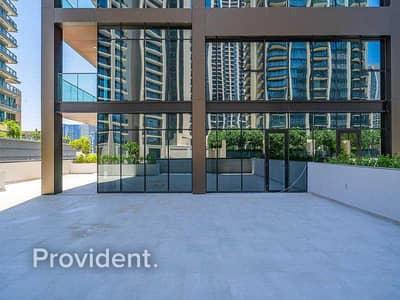 فلیٹ 2 غرفة نوم للايجار في وسط مدينة دبي، دبي - Exclusively Managed | Large Terrace | Brand New